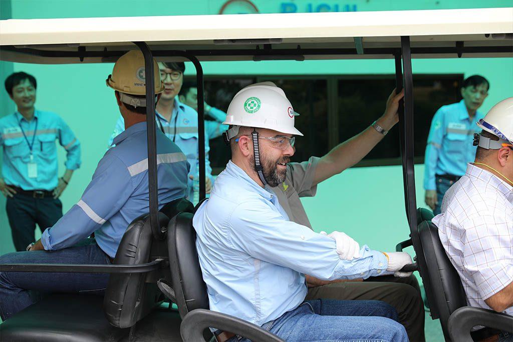 ExxonMobil visits BJCHI   BJC HEAVY INDUSTRIES